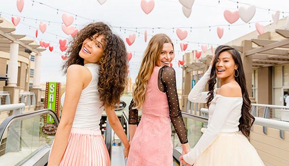 Westgate Entertainment District Love event - three women